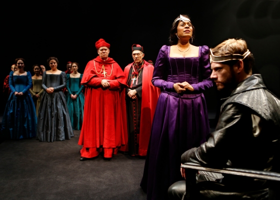Queen-Katherine-of-Aragon-Ora-Jones-pleads-her-case-In-Chicago-Shakespeare-Theater's-production-oF-HENRY-VIII..jpg